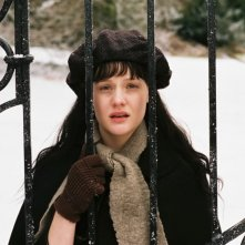 Romola Garai in una sequenza del film Angel