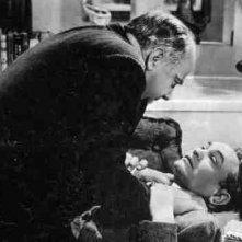 Edward G. Robinson in una scena de La donna del ritratto