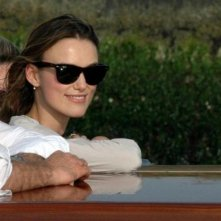 Keira Knightley, protagonista di Espiazione, all'arrivo a Venezia 64.