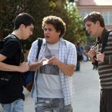 Jonah Hill, Michael Cera e Christopher Mintz-Plasse in una scena di SuxBad ??