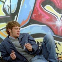 Ludovico Fremont in una scena del film Scrivilo sui muri