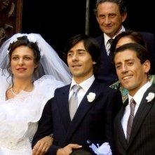 Luigi Lo Cascio, Fabrizio Gifuni e Ornella Giusto in una scena de Il dolce e l'amaro