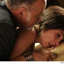 Carolina Crescentini e Giorgio Faletti in una scena del film Cemento armato, diretto da Marco Martani