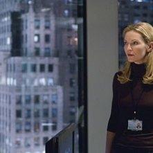 Joan Allen in una sequenza del film The Bourne Ultimatum