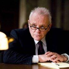 Anthony Hopkins in una scena del film Il Caso Thomas Crawford (Fracture)