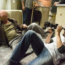 Len Wiseman con Bruce Willis sul set del film Live Free or Die Hard