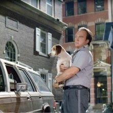 James Belushi in una scena del film Underdog