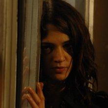 Asia Argento si nasconde in una scena del film La terza Madre