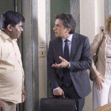 Salemme con Lucrezia Lante della Rovere in una delle scene di SMS - sotto mentite spoglie