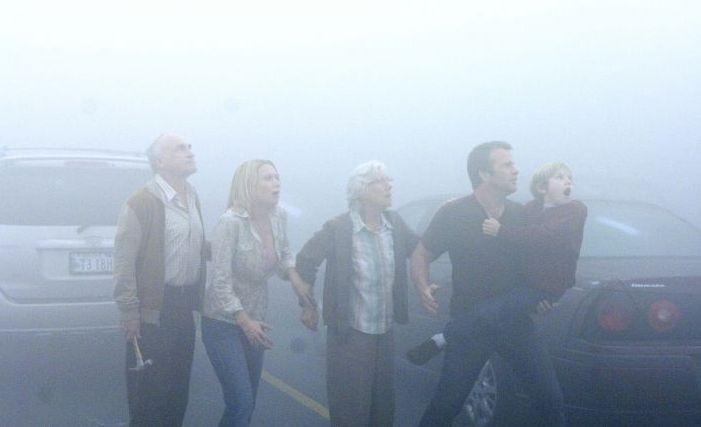 Una scena del film The Mist, tratto da 'La nebbia', un racconto di Stephen King