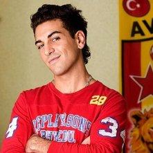 Elyas M'Barek è Cem in 'Kebab for Breakfast'
