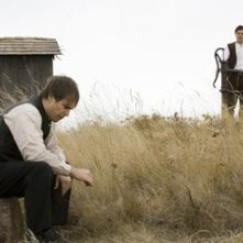 Casey Affleck e Sam Rockwell in una scena de L'assassinio di Jesse James
