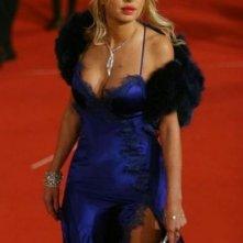 Festa del Cinema di Roma 2007: Valeria Marini fasciata in blu elettrico
