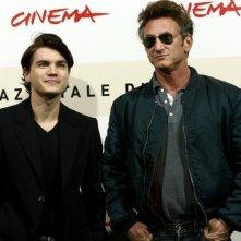 Festa del Cinema di Roma 2007: Sean Penn con l'attore Emile Hirsch presenta Into the Wild