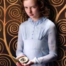 L'emergente Dakota Blue Richards  in una scena de La bussola d'oro