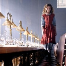 Dakota Blue Richards  in una scena del fantasy La bussola d'oro