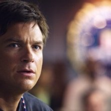 Jason Bateman in una scena di The Kingdom