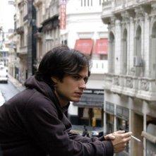 Gael Garcia Bernal in una scena del film Il passato, da lui girato nel 2007
