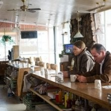 Charlize Theron e Tommy Lee Jones in una scena del film In the Valley of Elah