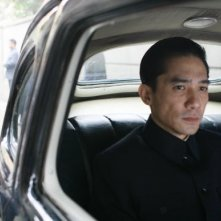 Tony Leung in una scena di Lust, Caution