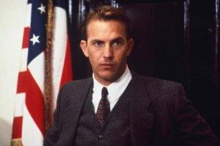 Kevin Costner in una scena de Gli Intoccabili.