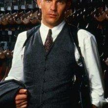 Kevin Costner in una scena de Gli Intoccabili