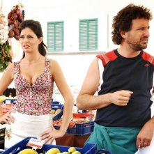 Laura Torrisi accanto a Leonardo Pieraccioni in Una moglie bellissima.