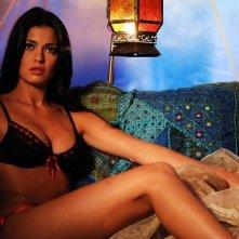 La sexy Laura Torrisi è 'Una moglie bellissima.