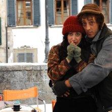Massimo Ceccherini in una scena della commedia Una moglie bellissima