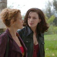 Lucrezia Lante della Rovere e Emanuela Maletta in una scena d'azione di 'Donna detective'