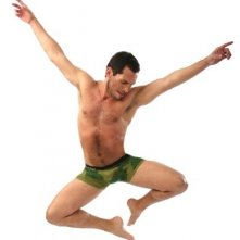 Vincent Zamora in un'immagine promo di Naked Boys Singing