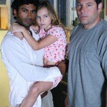 Heroes Volume II - Episodio 3: ritratto di famiglia per Mohinder (Sendhil Ramamurthy), Molly (Adair Tishler) e Matt (Greg Grunberg)