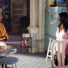 Heroes Volume II - Episodio 4: Monica (Dana Davis) e sua nonna Nana (Nichelle Nichols )