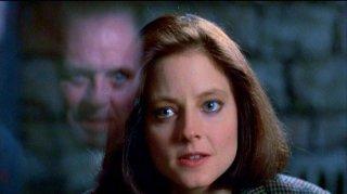 Anthony Hopkins e Jodie Foster in una scena de IL SILENZIO DEGLI INNOCENTI