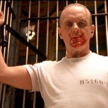 Anthony Hopkins in una delle scene più terrificanti de IL SILENZIO DEGLI INNOCENTI