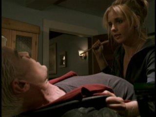 James Marsters e Sarah Michelle Gellar in una scena dell'episodio 'Il sentiero degli amanti' di Buffy - L'ammazzavampiri