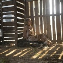 Julie Benz in una sequenza del film John Rambo