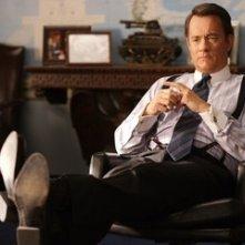 Tom Hanks in una scena de La guerra di Charlie Wilson (Charlie Wilson's War)