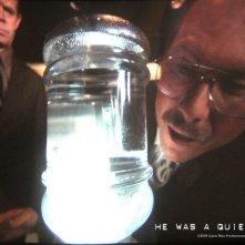 un inquietante Christian Slater in una sequenza del film Un uomo qualunque