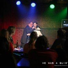Elisha Cuthbert e Christian Slater in una scena di Un uomo qualunque