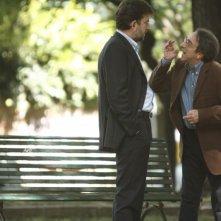 Silvio Orlando e Nanni Moretti in una scena di Caos Calmo