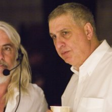 Errol Morris e Robert Richardson sul set di Standard Operating Procedure