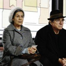 Hannelore Elsner ed Elmar Wepper in una scena di Cherry Blossoms - Hanami