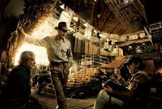 George Lucas, Harrison Ford e Steven Spielberg sul set di Indiana Jones 4
