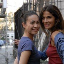 Valentina Izumì con Ilaria Spada in una foto del film Questa notte è ancora nostra