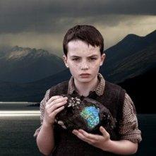 Alex Etel in una scena del fantasy movie The Water Horse - La leggenda degli abissi