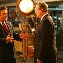 Alec Baldwin e Al Gore in una scena dell'episodio 'Greenzo' della seconda stagione di 30 Rock
