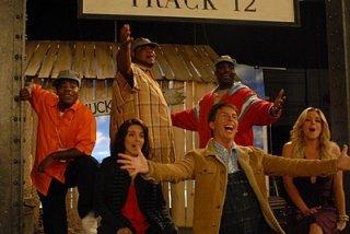 Jack McBrayer, Tina Fey e Jane Krakowski nell'episodio 210 della seconda stagione di 30 Rock