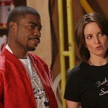 Tina Fey e Tracy Morgan nell'episodio 'Pilot' di 30 Rock