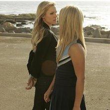 Heroes Volume II - Episodio 9: momenti di tensione tra Claire (Hayden Panettiere) ed Elle (Kristen Bell)
